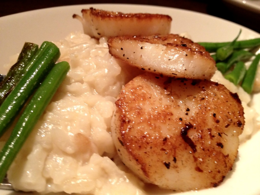 Lemon Scented Risotto with Seared Scallops & French Beans at Blue Stove (© 2012 The Offalo)
