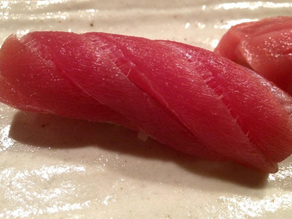 Honmaguro Akami (Lean Bluefin Tuna) at Shunji (© 2012 The Offalo)