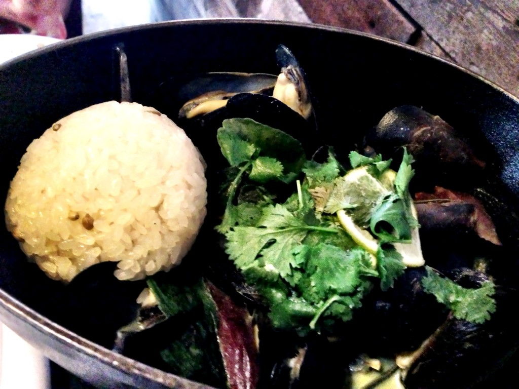Steamed Mussels @ MB Post (© 2013 The Offalo)