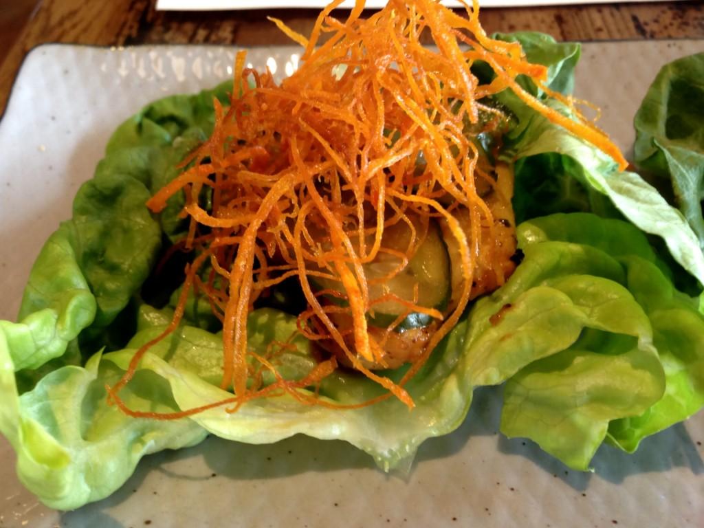 Paiche Wrap Lettuce @ Paiche (© 2013 The Offalo)
