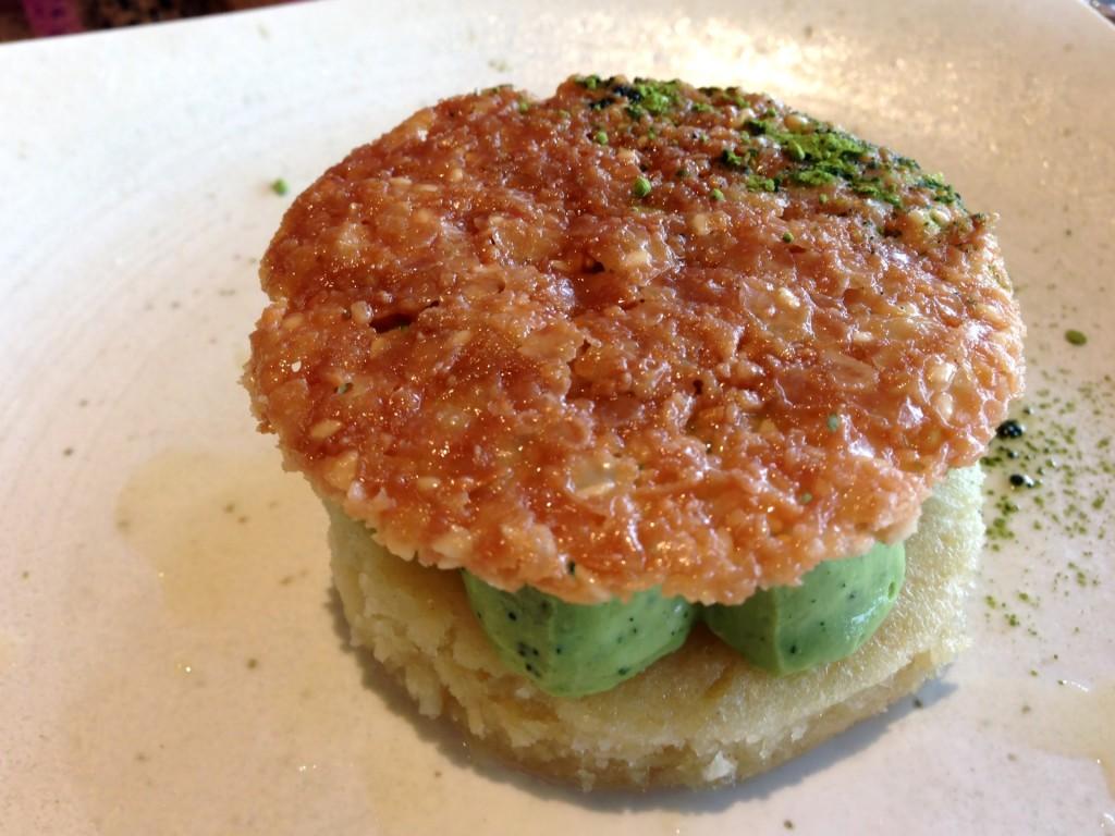 Green Tea Coconut Cake @ Paiche (© 2013 The Offalo)