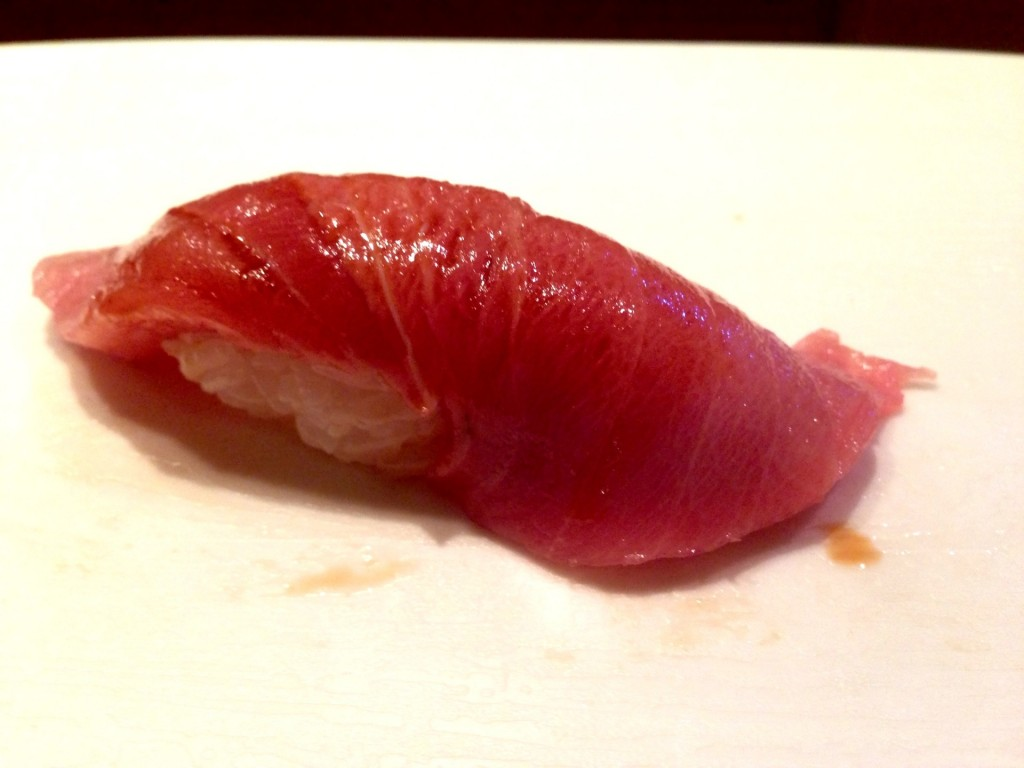 Chutoro (Medium-Fatty Tuna Belly) @ Shunji (© 2013 The Offalo)